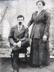 <b>famille Odon Pierre</b> <br /> Pierre Odon et son épouse Hoarau Marie Valérie Jeanne en 1929